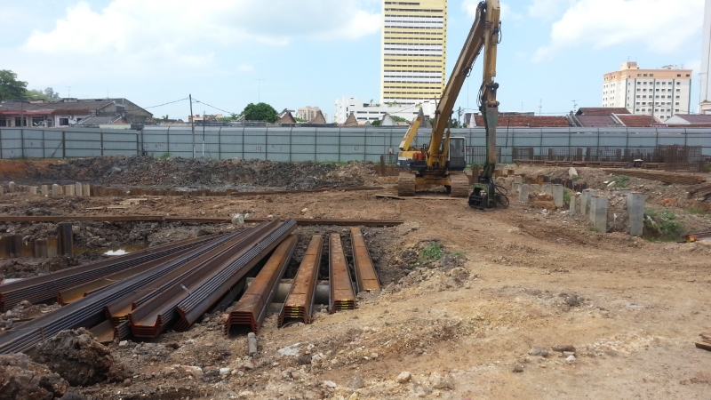 Mar 2015 - Pile cutting and sheet pilling